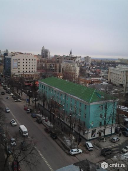 Кирова ул. Четырехкомнатная квартира, 220/130/30 кв.м