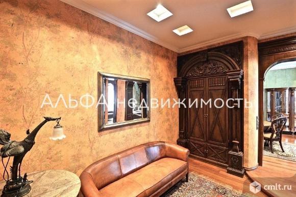Продается 4-комн. квартира 157.5 кв.м
