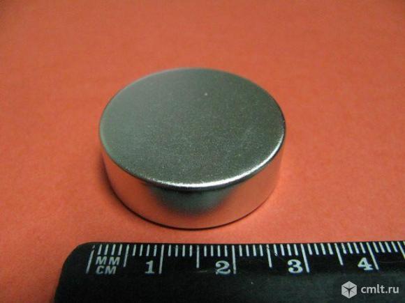Неодимовые магниты. Фото 1.