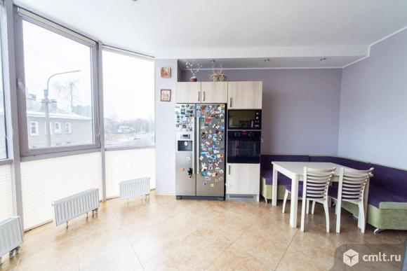 Продам: 2-комн. квартира, 82 м2, м.Пионерская