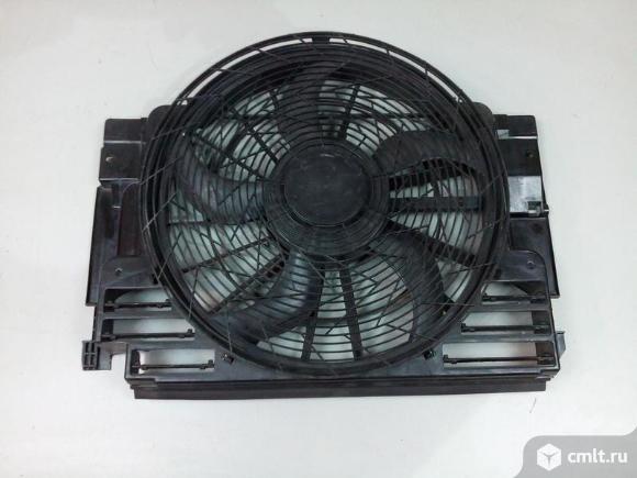 Диффузор крыльчатка вентилятора охлаждения без мотора  BMW X5 E53 4.. Фото 1.