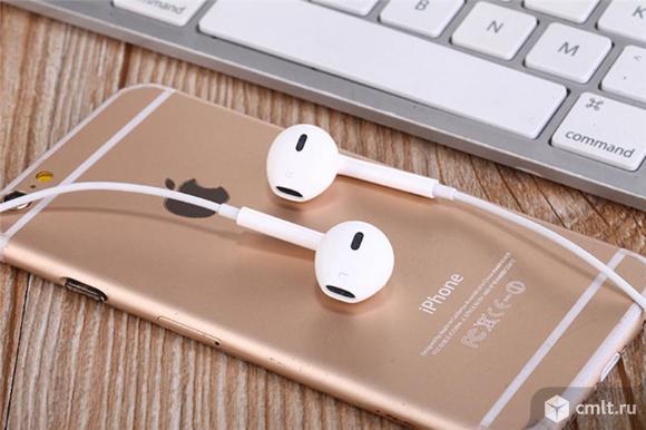 Наушники беспроводные S6 белые для Apple и Android. Фото 1.