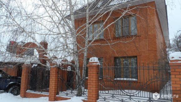 Продается: дом 242.5 м2 на участке 4.38 сот.. Фото 1.