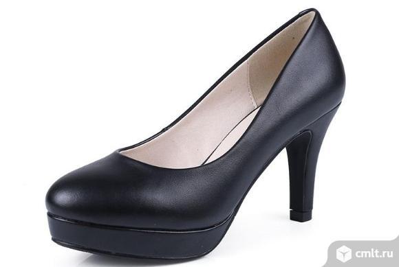 Новые кожаные женские туфельки. Фото 1.