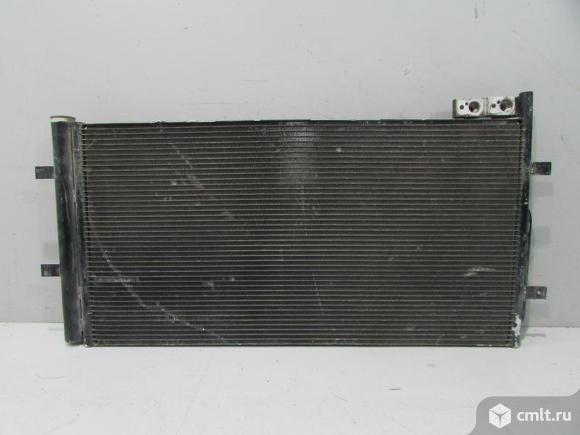 Радиатор кондиционера AUDI Q3 12- б/у 8U0260401C 4*. Фото 1.