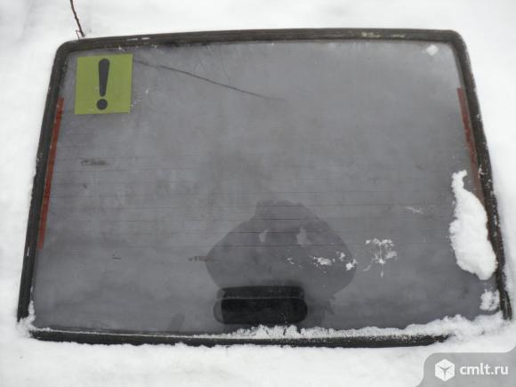 стекло задней двери для М 2141