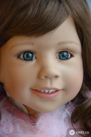 Кукла Абигайл Моника Левениг. Брюнетка. Фото 1.