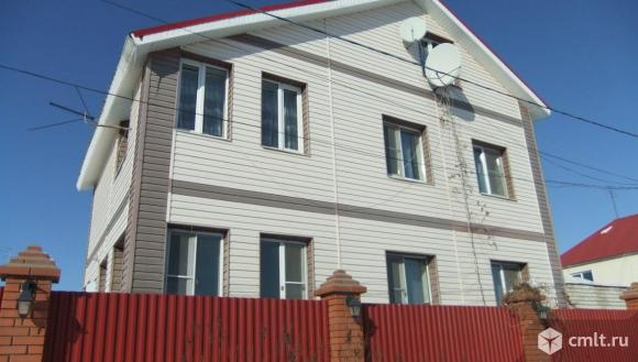 Продается: дом 278.6 м2 на участке 5 сот.. Фото 1.