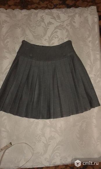 Школьная юбка серого цвета для первоклассницы