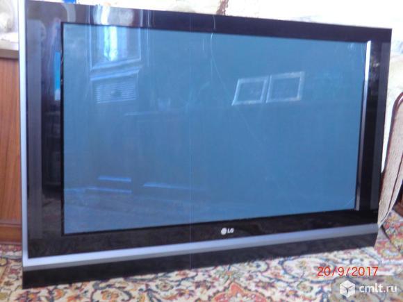 Телевизор плазма LG 42PT81-ZB. Фото 1.