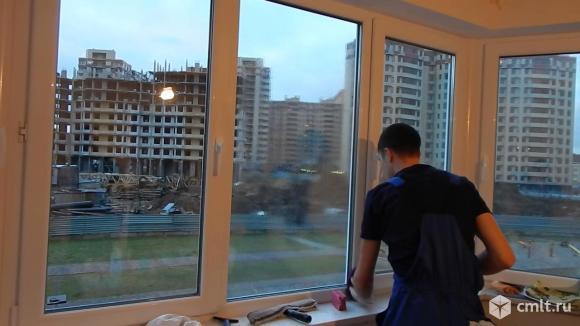 Мойка окон и балконов любой сложности. Фото 1.