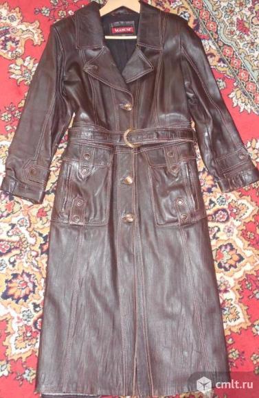 Продам кожаный шоколадно- коричневый плащ