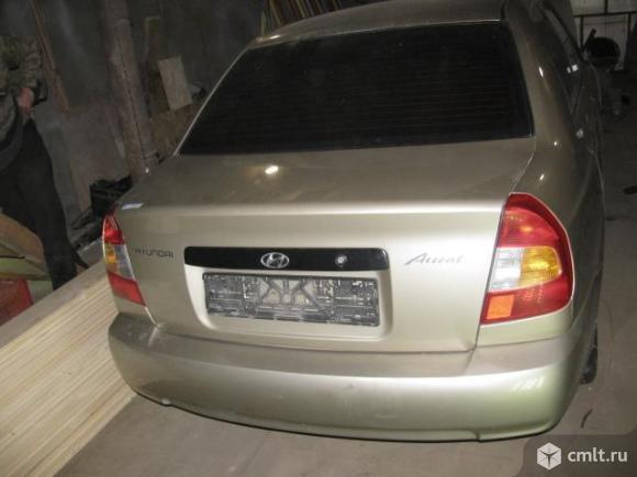 Hyundai Accent крышка багажника 6920025020, 6920025000