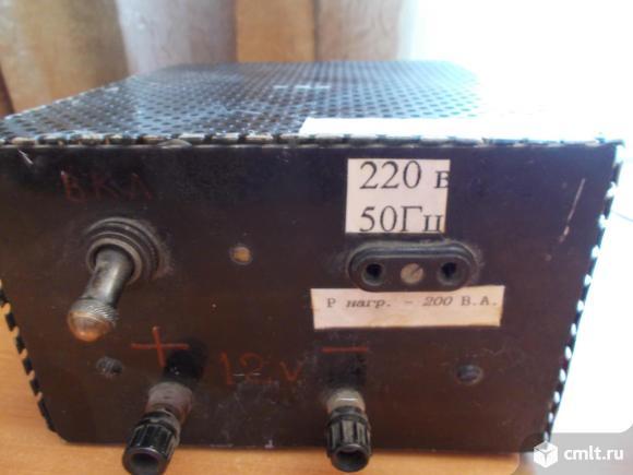 Зарядное устройство для аккумуклятора. Фото 1.