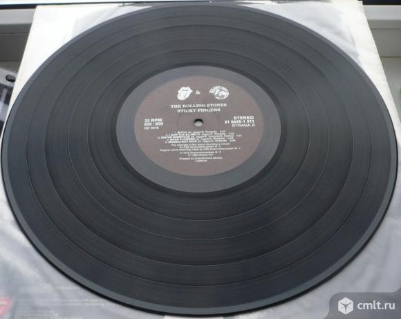 "Грампластинка (винил). Гигант [12"" LP]. The Rolling Stones. Sticky Fingers. 1971. Czechoslovakia.. Фото 8."