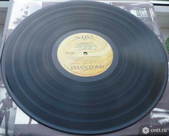 """Грампластинка (винил). Гигант [12"""" LP]. The Fixx. Phantoms. (C)(P) 1984 MCA Records, Inc. Канада.. Фото 8."""