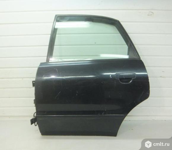 Дверь задняя левая в сборе без обшивки AUDI A4 B5  седан  95-01 б/у  8D0833051 8D0833051E 4.5*. Фото 1.