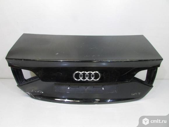 Крышка багажника AUDI A4 B8 11-15 б/у 8K5827023AJ 3*. Фото 1.