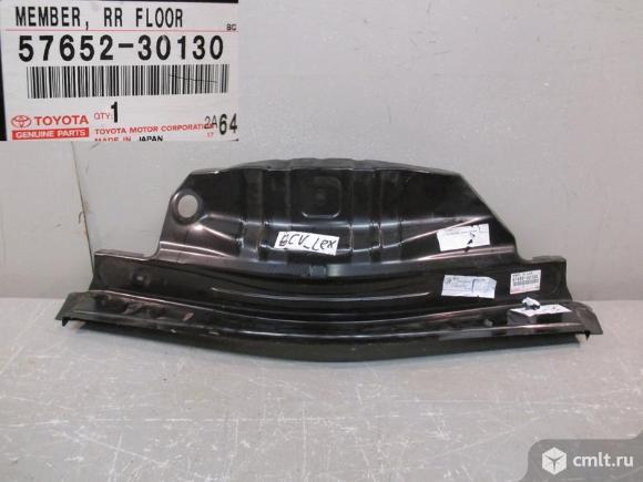 Панель пола багажника передняя часть LEXUS GS250 12- новая 5*. Фото 1.