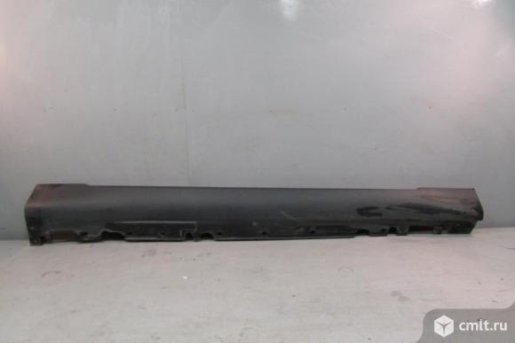 Накладка порога правая BMW X6 E71 08- б/у 51777184420 4*. Фото 1.