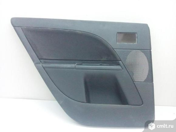 Обшивка двери задней левой с кнопкой FORD MONDEO 00-07 б/у 1332735 4*. Фото 1.