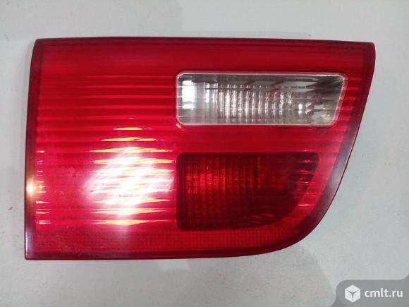 Фонарь внутренний левый BMW X5 E53 04-07 б/у 63217164485 5*. Фото 1.