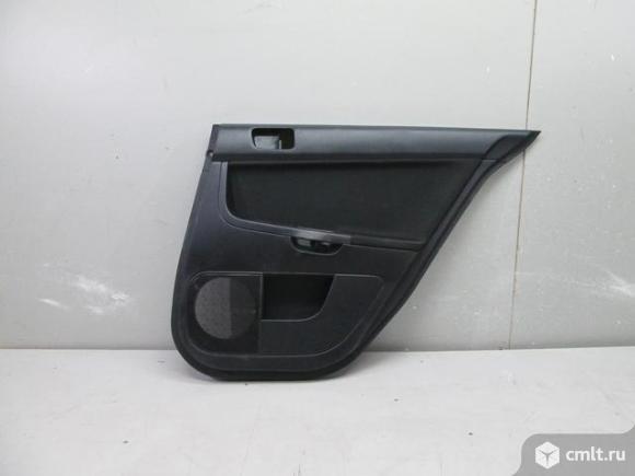 Обшивка задней правой двери MITSUBISHI LANCER X 07- б/у 7222A434XG. Фото 1.