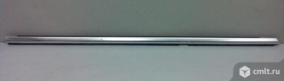 Нащельник уплотнитель двери задней правой VW PASSAT CC 08- б/у 3C8839476F3Q7 4*. Фото 1.