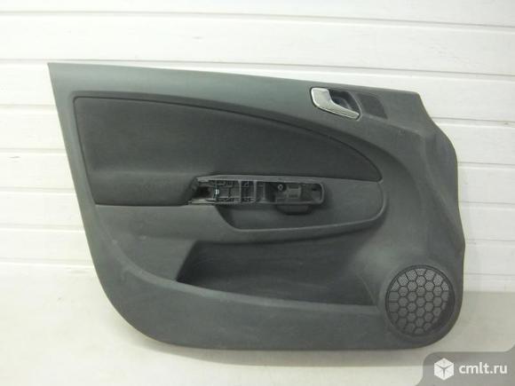 Обшивка двери передней левой 5 дверн электр подъемник OPEL CORSA D 06- б/у 7231721 4*. Фото 1.