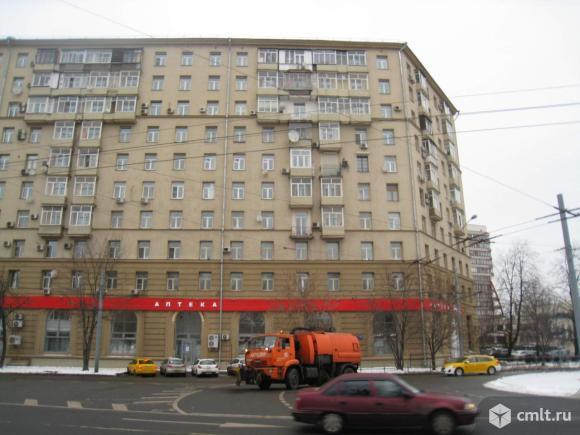 Продается 2 комнаты 40 м2 в 3 ком.кв.. Фото 1.