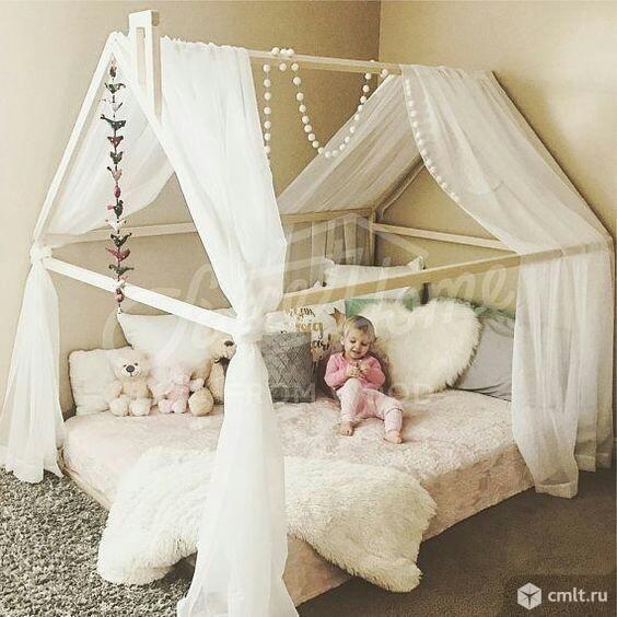 Детская кроватка с радионяней из эко-материалов