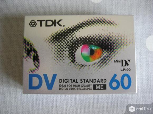 Кассета TDK Mini DV. Фото 1.
