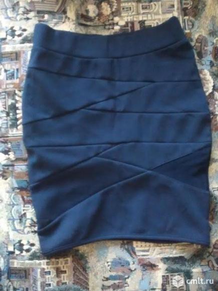 Продам 2 новые летние юбки. За обе - 300р. Можно по отдельности - по 200р.