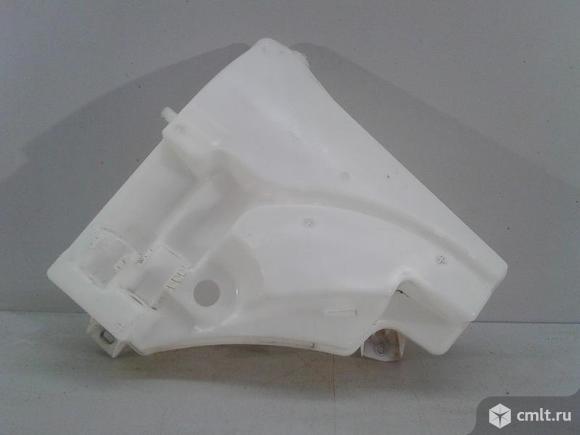 Бачок стеклоомывателя VW TOUAREG 10- б/у 7P0955453B 4.5*. Фото 1.