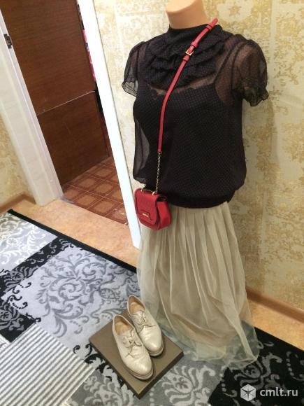 Продаю итальянскую юбку-пачку бежевого цвета. Фото 1.