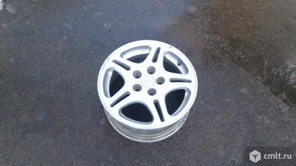 Продам диски литые с гайками Toyota ET45 6J*14 H2 PCD 100 5 креплений