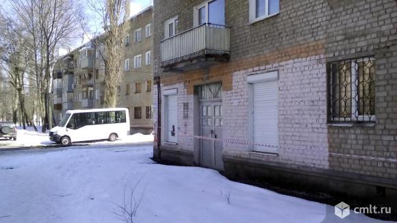 Продаю торговое помещение 76 кв.м ул. Переверткина в Воронеже