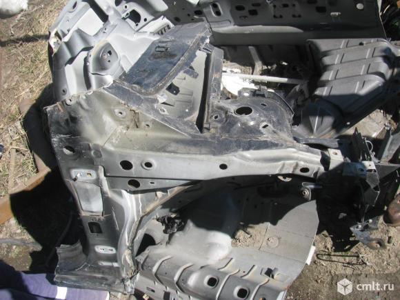 для Volkswagen Passat B6 четверть кузова передняя правая буна фото деталь одного автомобиля с разных сторон. Звоните есть много других автозапчастей, в разборе есть ещё автомобили,