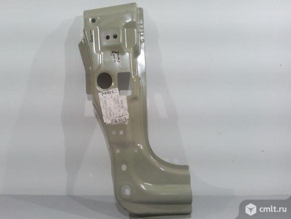 Стойка кузова передняя левая порог стойка часть  SKODA OCTAVIA A5 08-13 1Z0809217B. Фото 1.
