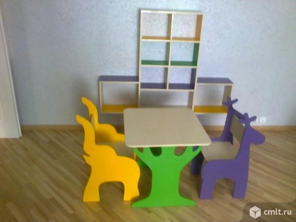 Стол и стул для детской