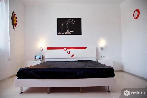 Продается: дом 290 м2 на участке 8.42 сот.. Фото 1.