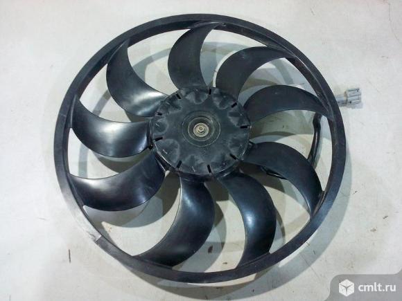 Вентилятор охлаждения двигателя 11-лопаст.. Фото 1.