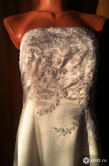 Платье для свадьбы, выпускного или торжества. Фото 1.