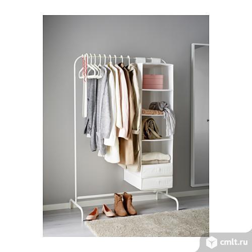 МУЛИГ Напольная вешалка белая из икеаМожно использовать в ванной и других помещениях с повышенным уровнем влажности, а также на лоджиях.