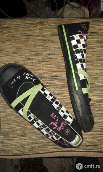 Спортивная обувь. Фото 2.