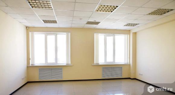 Офисный бизнес-центр, 2500 м2