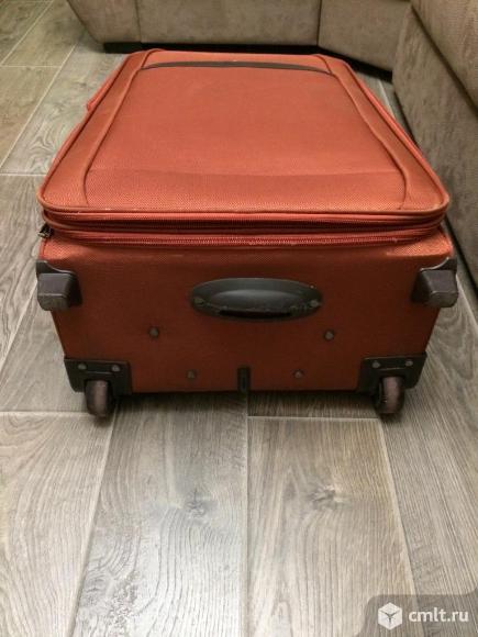 Большой чемодан с кодовым замком. Фото 9.