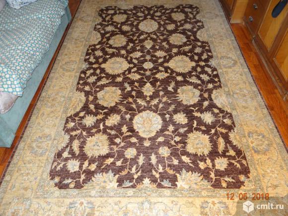 Напольный ковёр