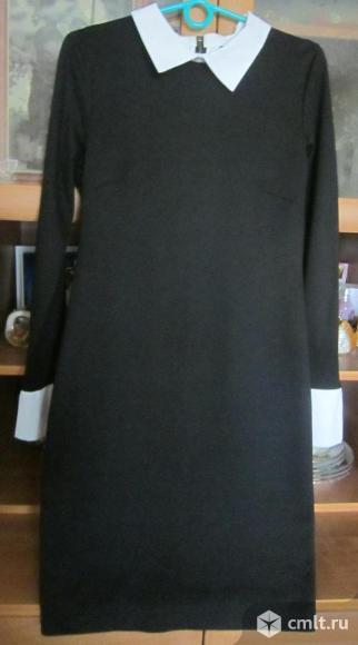 Платье с длинным рукавом ,черное