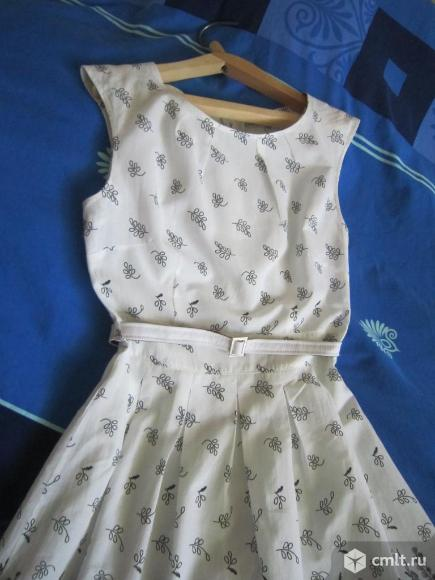 Платье летнее без рукава. Фото 1.